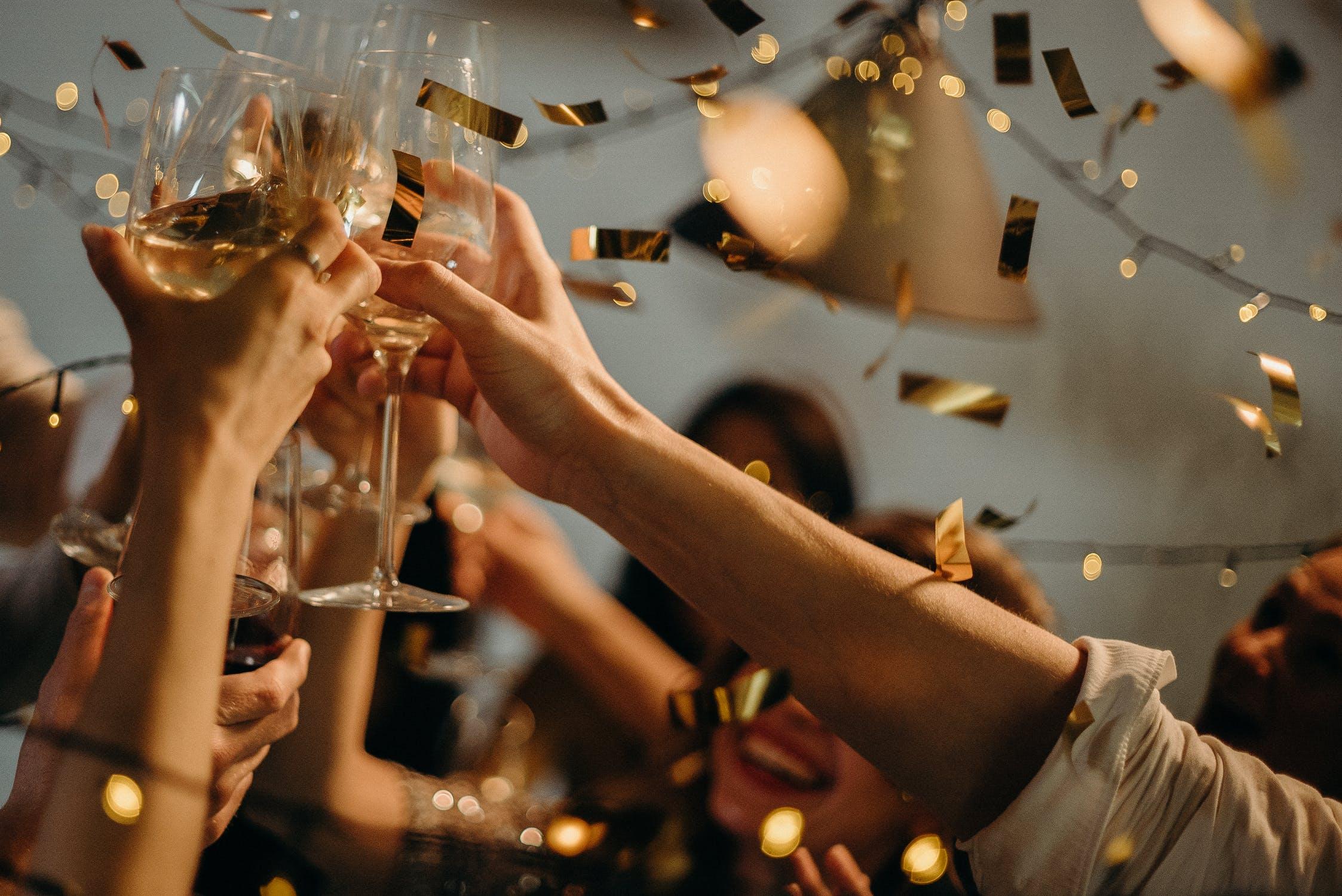 Celebration-Confetti-Cheers